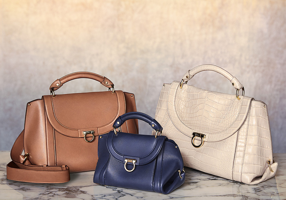 Salvatore Ferragamo представили новую модель легендарной сумки Soft Sofia Saddle