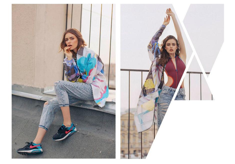 Куртка - Versace; джинсы - Topshop; кеды - Nike; купальник - Tommy Hilfiger