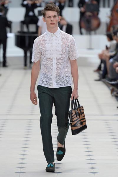 Показ Burberry Prorsum на Неделе мужской моды в Лондоне | галерея [2] фото [19]