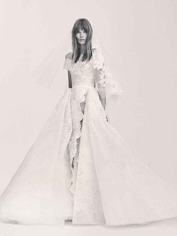 Elie Saab впервые выпустил свадебную линию