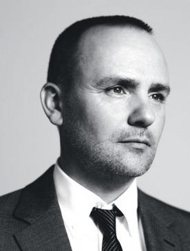 Питер Филипс,  международный креативный директор по макияжу Chanel