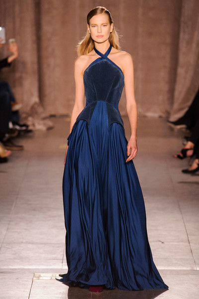 Black tie: показы Carolina Herrera, Reem Acra и Zac Posen на Неделе моды в Нью-Йорке | галерея [1] фото [1]