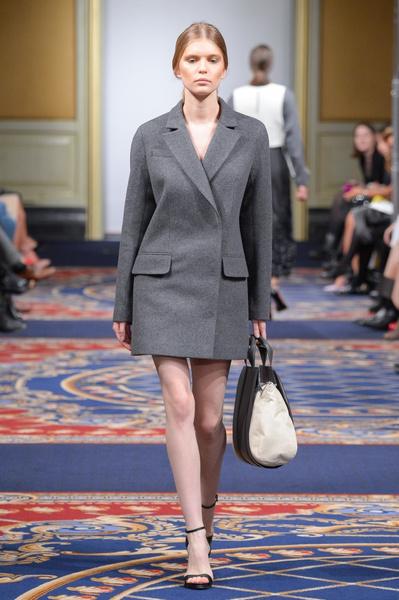Показ осенне-зимней коллекции Ruban на Mercedes-Benz Fashion Week RussiaПоказ осенне-зимней коллекции Ruban на Mercedes-Benz Fashion Week Russia | галерея [2] фото [22]