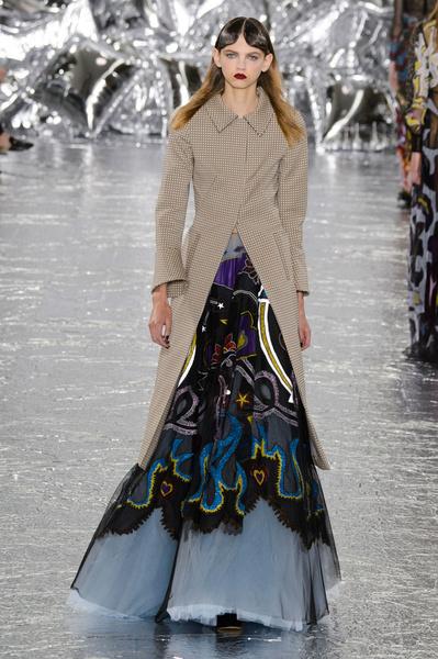 Самые красивые образы Недели моды в Лондоне | галерея [1] фото [51]