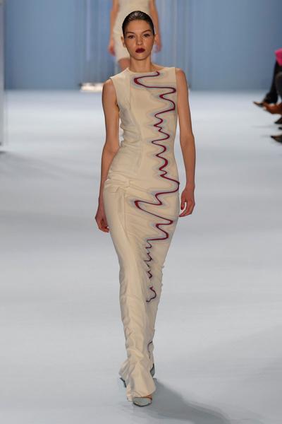 Black tie: показы Carolina Herrera, Reem Acra и Zac Posen на Неделе моды в Нью-Йорке | галерея [2] фото [12]