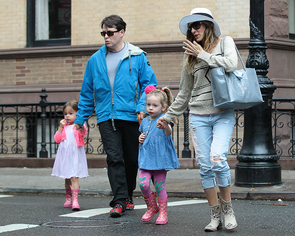 Мэтью Бродерик и Сара Джессика Паркер с детьми