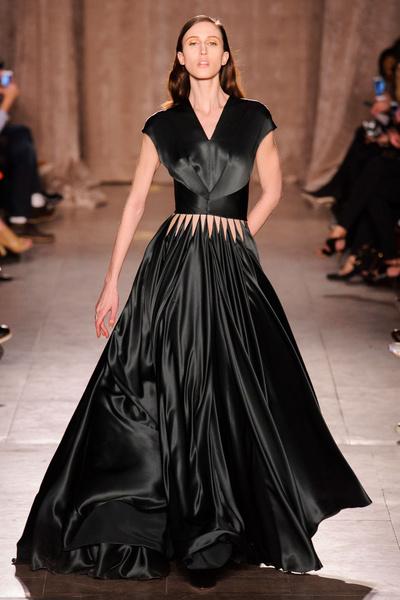 Black tie: показы Carolina Herrera, Reem Acra и Zac Posen на Неделе моды в Нью-Йорке | галерея [1] фото [11]