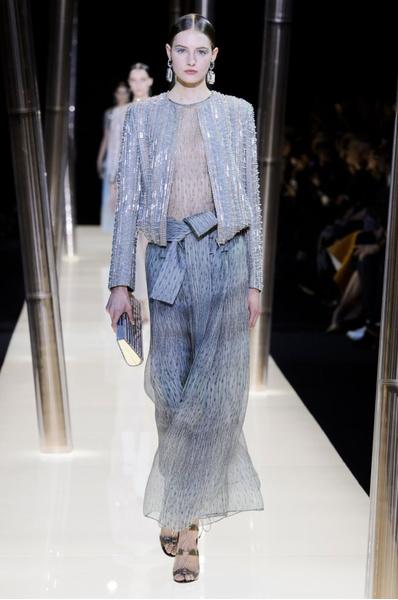 На Неделе высокой моды в Париже прошел юбилейный показ Giorgio Armani Prive | галерея [1] фото [9]