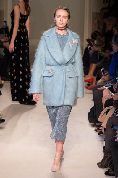 Самые красивые образы Недели моды в Милане | галерея [1] фото [38]