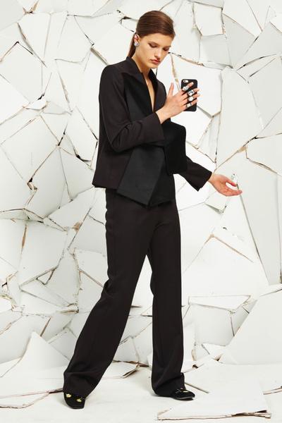 Stella McCartney представила новую круизную коллекцию | галерея [1] фото [11]