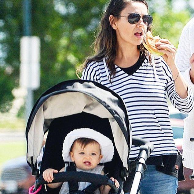 Мила Кунис с дочерью