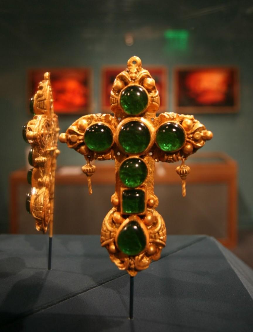 Подмененный крест