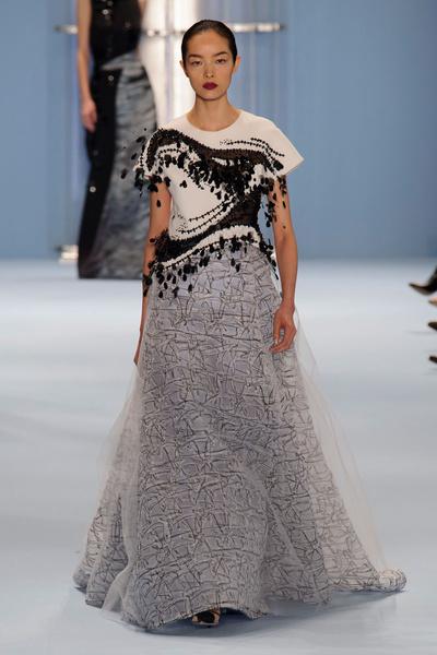 Black tie: показы Carolina Herrera, Reem Acra и Zac Posen на Неделе моды в Нью-Йорке | галерея [2] фото [8]