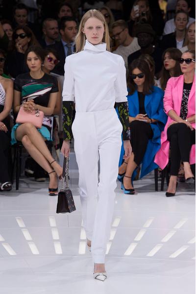 Показ Dior на Неделе моды в Париже