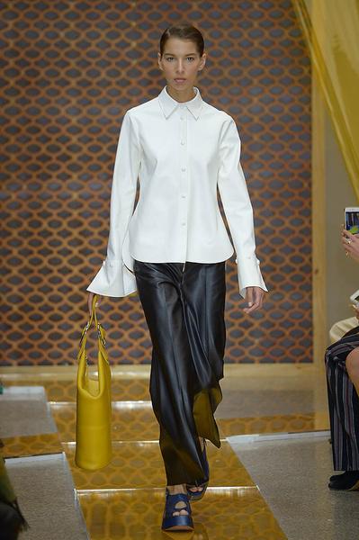 Неделя моды в Милане: день третий   галерея [2] фото [13]