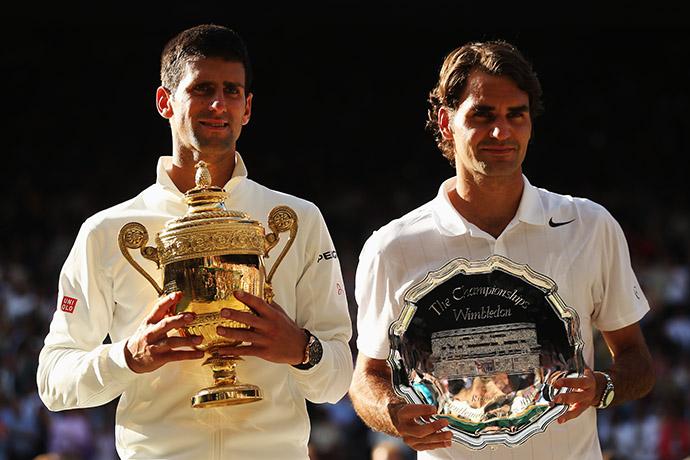 Победитель турнира Новак Джокович и серебряный призер Роджер Федерер