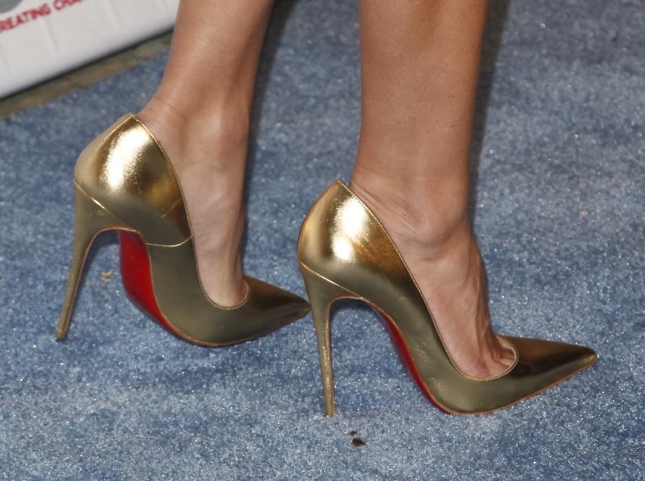 Туфли с красной подошвой от Christian Louboutin