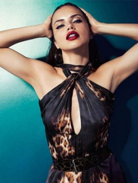 Адриана Лима в рекламной кампании Blumarine