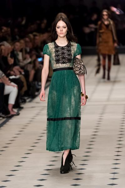 Показ Burberry Prorsum на Неделе моды в Лондоне | галерея [1] фото [13]