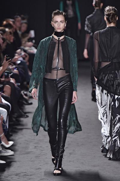 Неделя моды в Париже: день третий | галерея [2] фото [8]