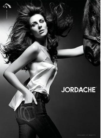 Элизабет Херли в рекламе Jordache Jeans