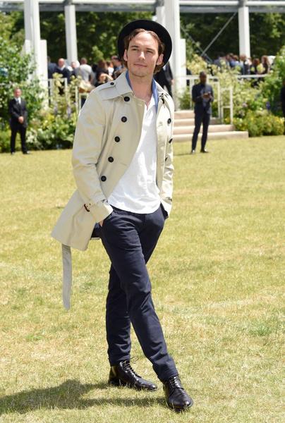 Показ Burberry Prorsum на Неделе мужской моды в Лондоне | галерея [1] фото [7]
