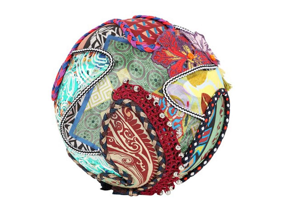Футбольные мячи Adidas Brazuca