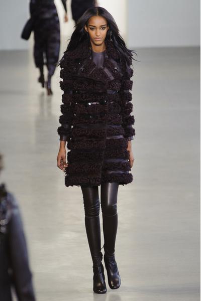 Показ Calvin Klein на Неделе моды в Нью-Йорке | галерея [1] фото [27]