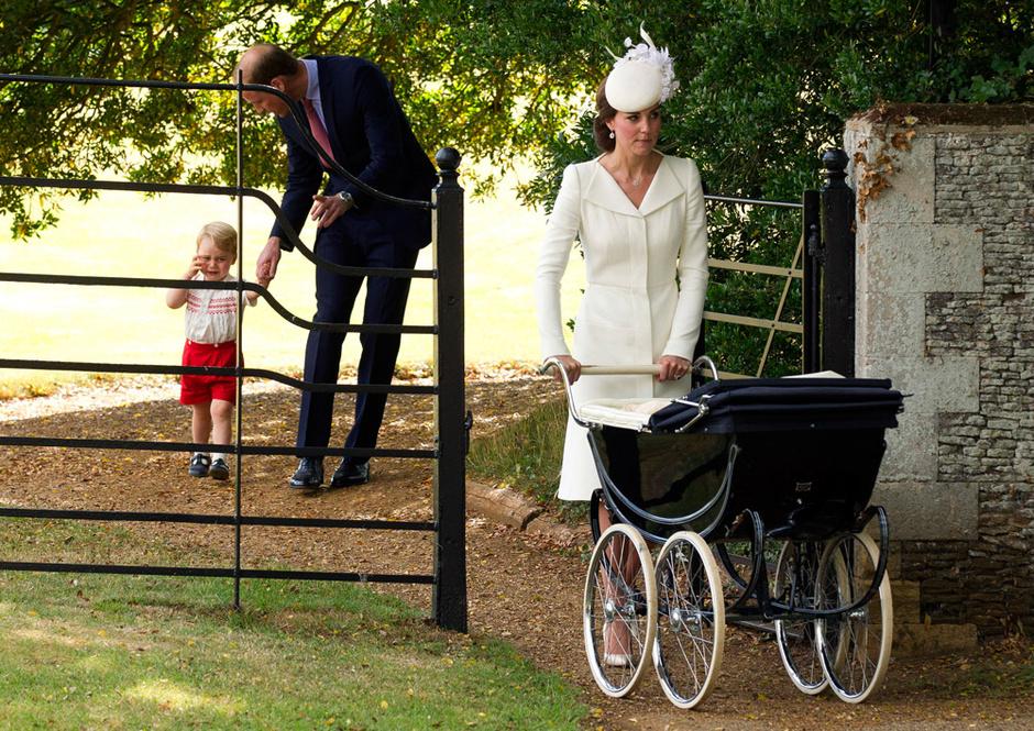 Кейт Миддлтон и принц Уильям с детьми: фото 2015