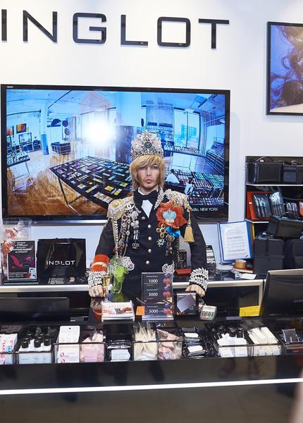 Открытие салона INGLOT в «Европейском» | галерея [1] фото [4] Сергей Зверев