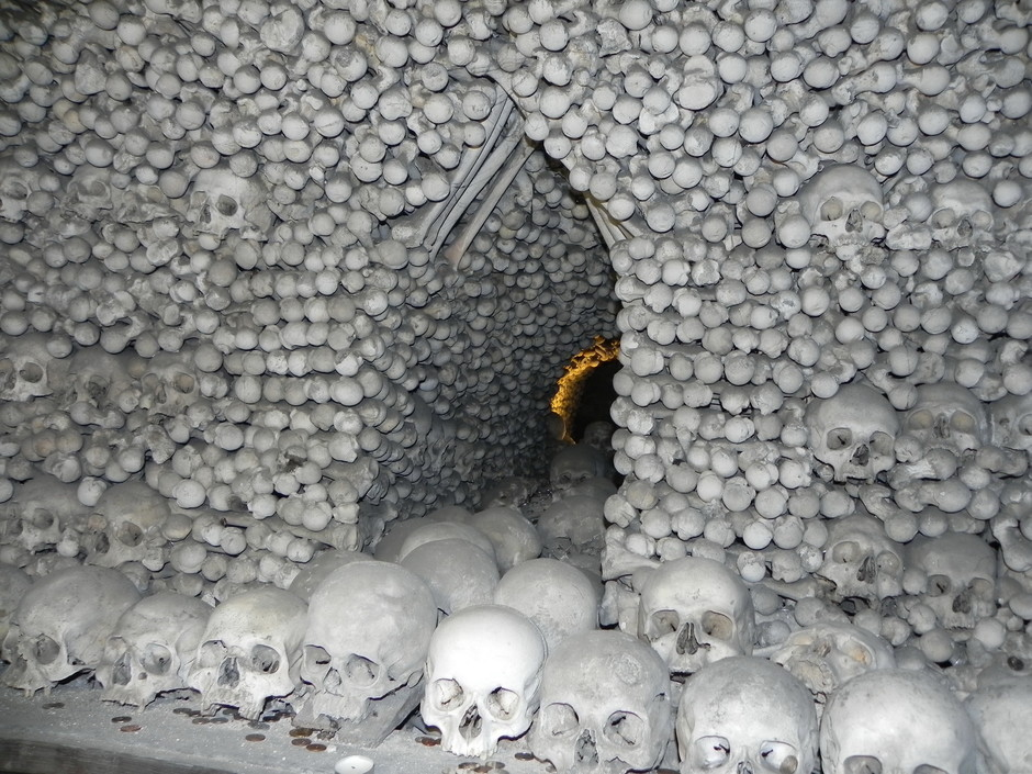 Часовня костей