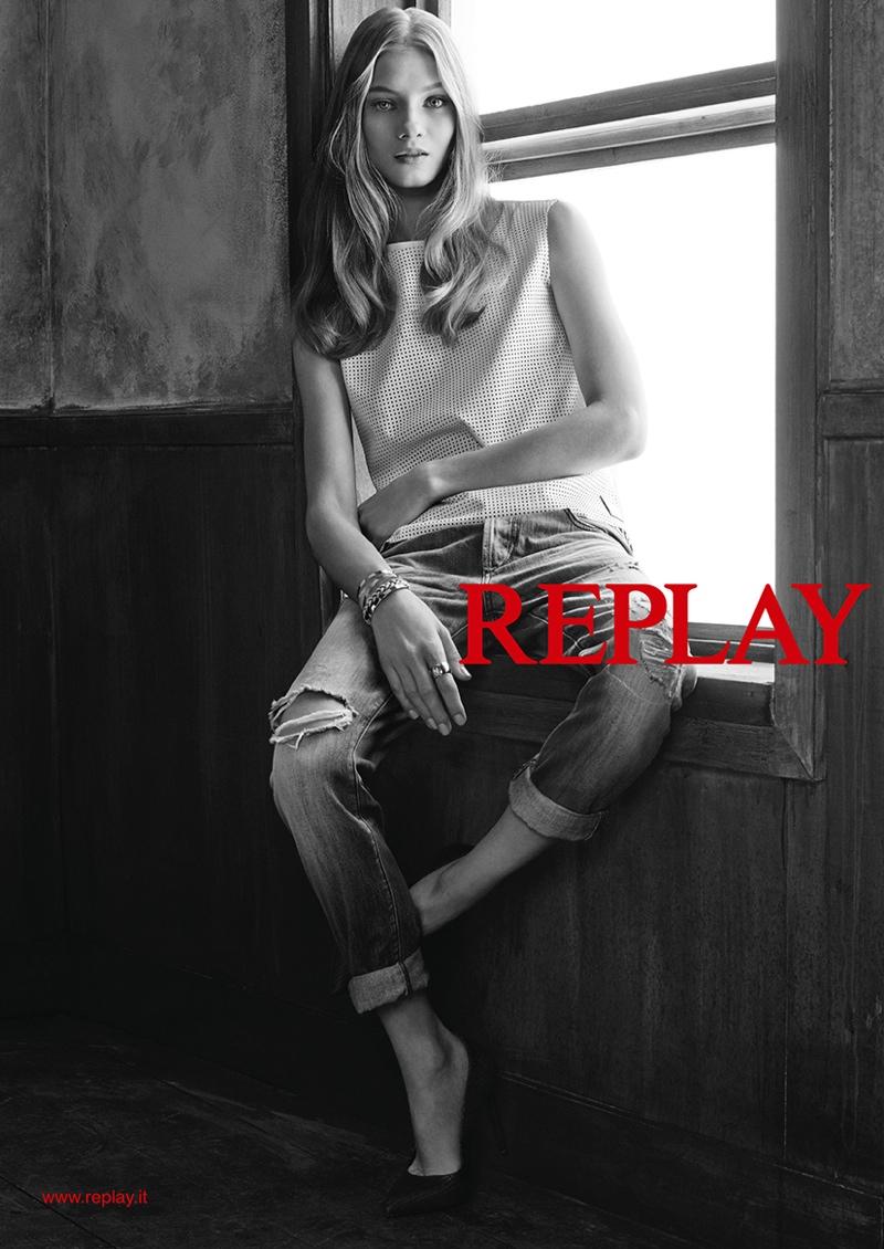 Российская модель Анна Селезнева: фото 2015