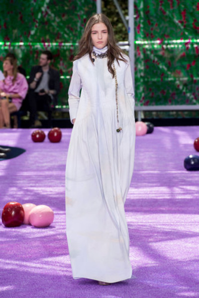 10 самых красивых свадебных платьев с Недели Высокой моды в Париже. | галерея [1] фото [10]