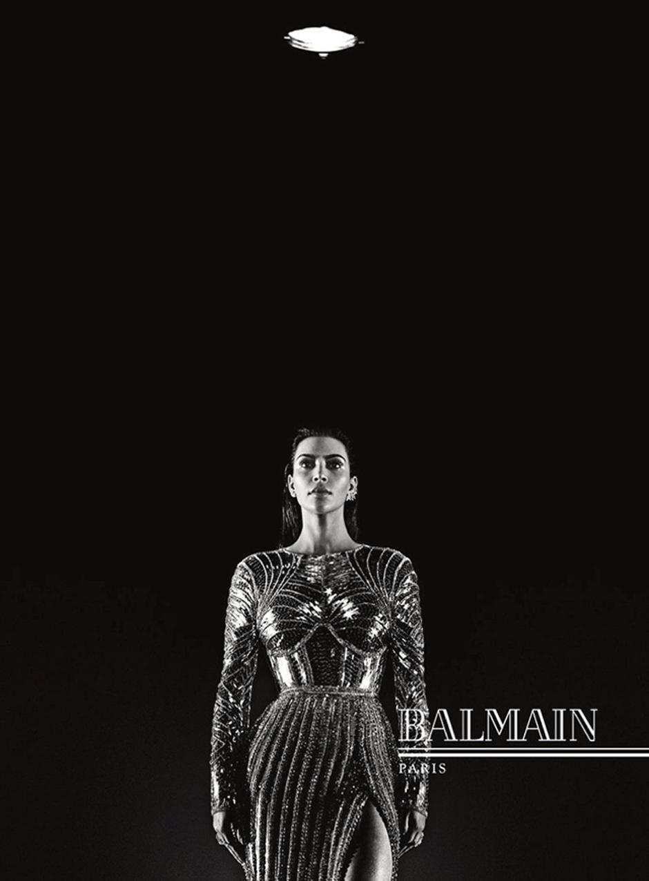 Ким Кардашьян, Канье Уэст и плачущие супермодели в новой рекламной кампании Balmain