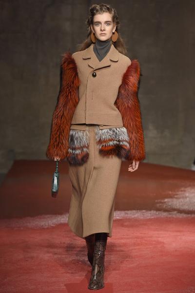 Неделя моды в Милане: 1 марта | галерея [1] фото [9]