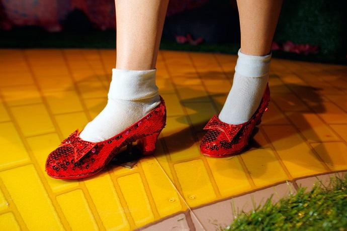 Красные туфельки Дороти