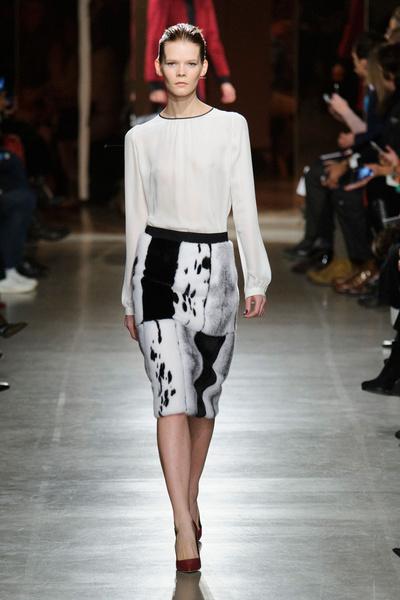 Показ Oscar de la Renta на Неделе моды в Нью-Йорке | галерея [1] фото [44]