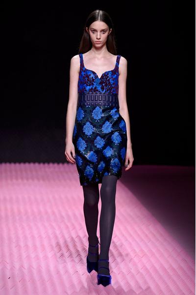 Показ Mary Katrantzou на Неделе моды в Лондоне | галерея [1] фото [20]