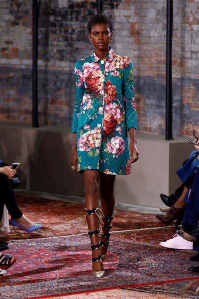 Дом Gucci представил новую круизную коллекцию 2016 | галерея [2] фото [38]