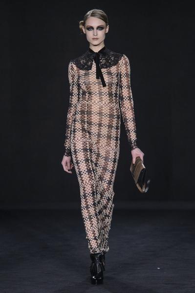 Самые красивые образы Недели моды в Лондоне | галерея [1] фото [79]