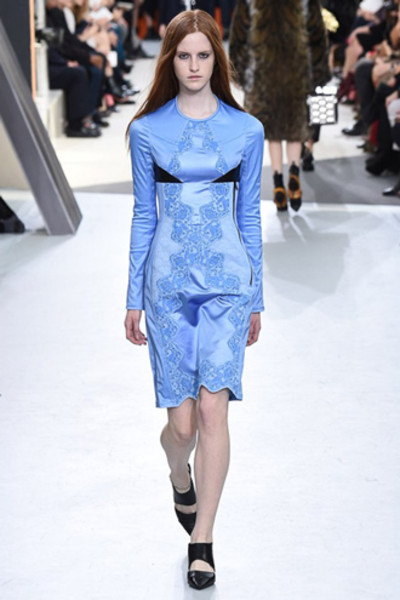 Неделя моды в Париже: показ Louis Vuitton ready-to-wear осень-зима 2015/16 | галерея [1] фото [16]