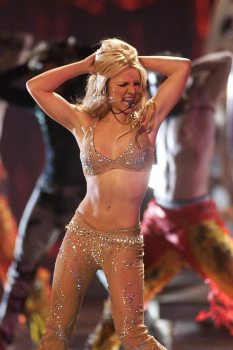 Бритни Спирс на MTV VMA, 2000 год