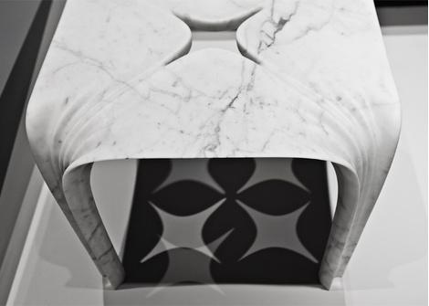 Мраморные вазы и столы от Захи Хадид | галерея [1] фото [9]