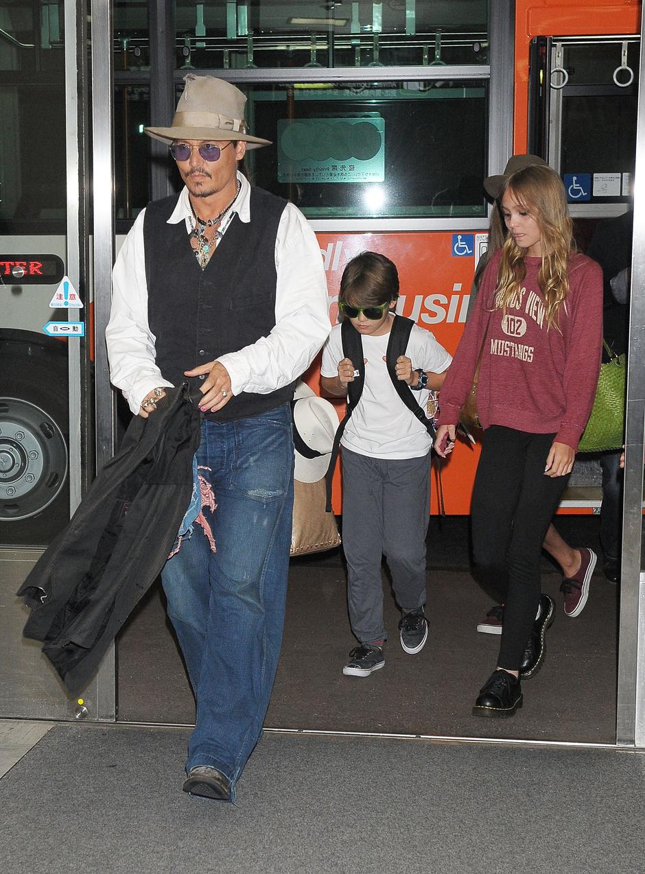 Джонни Депп с детьми