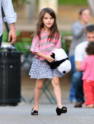 Сури Круз ввела в моду детскую обувь на каблуках