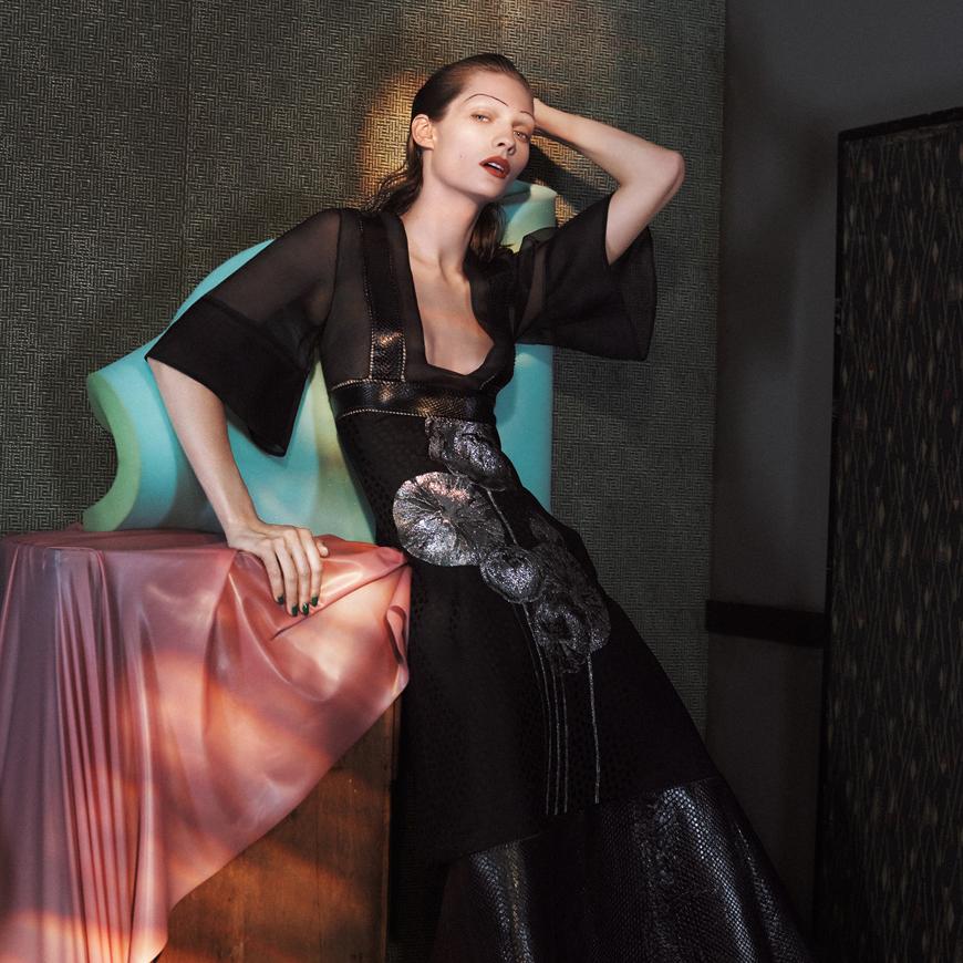 Платье от Alexander McQueen
