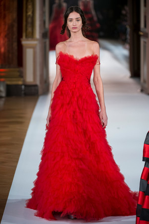 Показ Yanina Couture коллекции сезона Весна-лето  2017 года Haute couture - www.elle.ru - Подиум - фото 616430