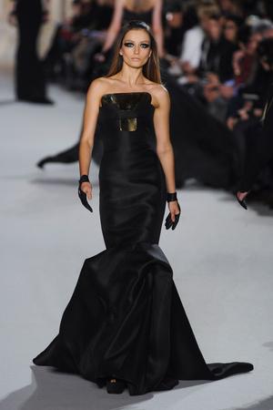Показ Stephane Rolland коллекции сезона Весна-лето 2012 года Haute couture - www.elle.ru - Подиум - фото 331756