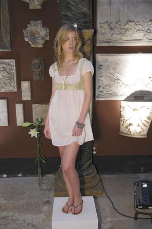 Показ Agnes B. коллекции сезона Весна-лето 2010 года prêt-à-porter - www.elle.ru - Подиум - фото 121915