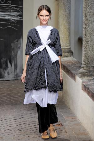 Показ Daniela Gregis коллекции сезона Весна-лето 2012 года Prêt-à-porter - www.elle.ru - Подиум - фото 302705
